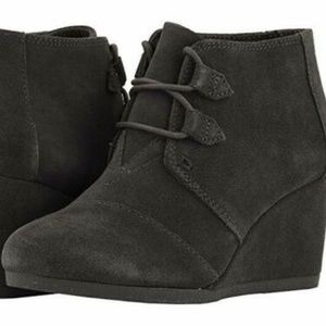 Toms $90 Forged Iron Grey Suede Women's Kala Wedge